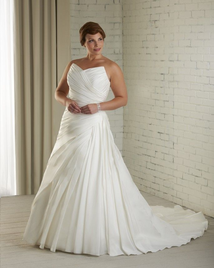 27 Best Plus Size Images On Pinterest Wedding Frocks