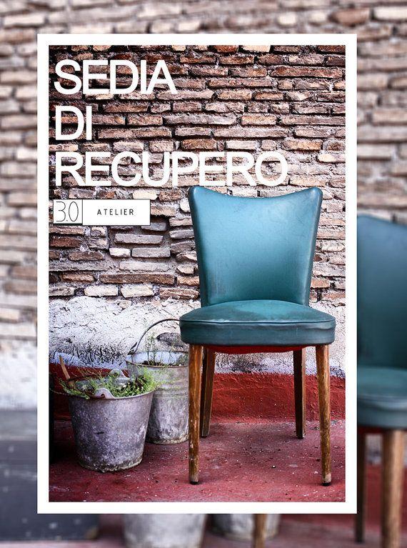Sedia e Poltrona Vintage di 30Atelier su Etsy Sedia vintage con struttura in legno ed imbottitura in pelle verde Dimensione_ 45 cm x 46 cm x h 85 cm seduta h 40 cm
