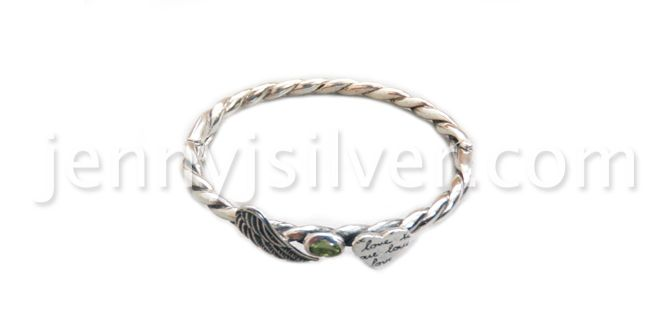 Order it here http://goo.gl/z8SXEx Angel Wing - Handmade Silver Bracelets Material: Sterling silver 925, Peridot stone Dimension:Inner circ 16.5cm x 0.4cm Weight:25 gram Price:$ 110.00 In Stock : 1 pcs left