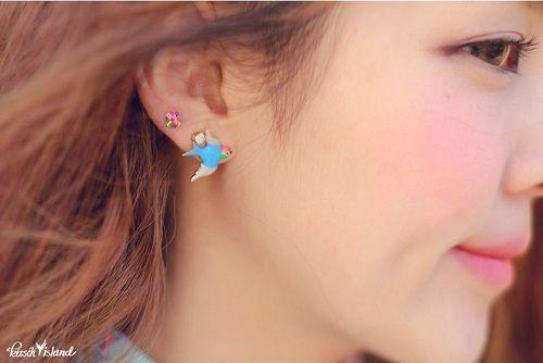 [Kitsch Island] Blue Swallow Earrings