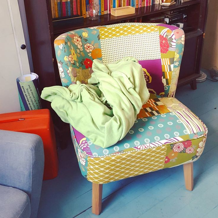 #deco #romaniandesign #design #armchair #lounge #colour #texture #floral #detail #acuarela #bucharest #furniture #interior #bucharestcityfeelings #nice #cute #place #photo #memoris #withmylove #explore #vintage #romaniafrumoasa #ig_bucharest...