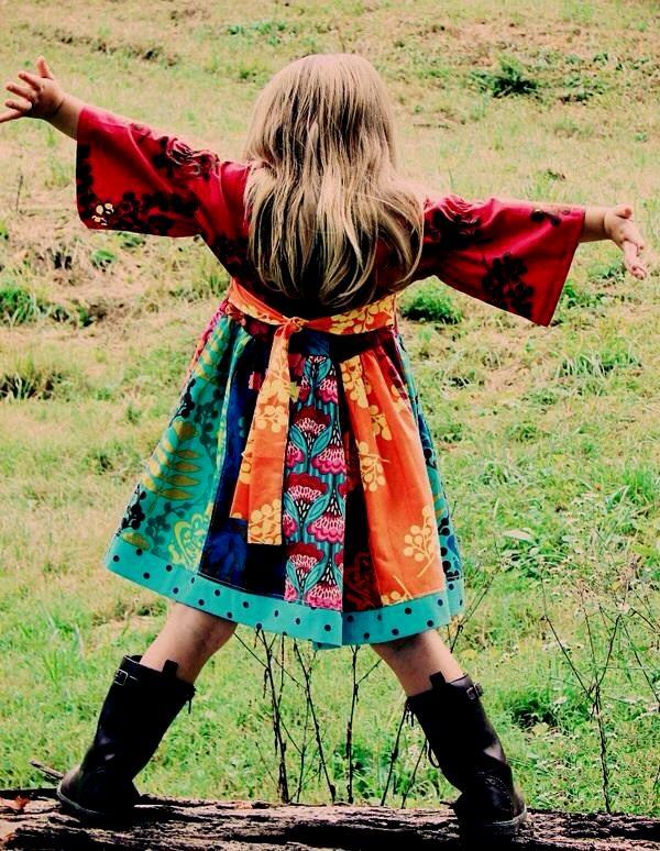 Sunteţi pregătiţi pentru noua colecţie Haine Hippie? Descoperiţi noile modele în serie limitată din materiale naturale în croiuri lejere si armonioase!  ✿ www.hainehippie.ro/55-noutati ✿ Transport GRATIS la 2 produse din: haine, şaluri, genţi ✿ Livrare în 24h ✿ www.facebook.com/hainehippie