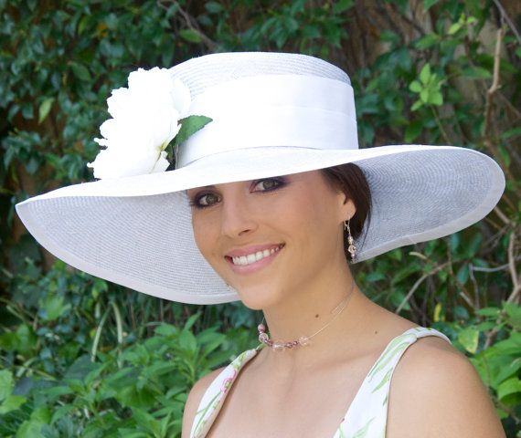 White Wide Brim Derby Hat. Church Hat, Wedding Hat, Ascot Race Hat, Special Occasion Hat Women's Formal Hat Large brim hat, dressy white hat