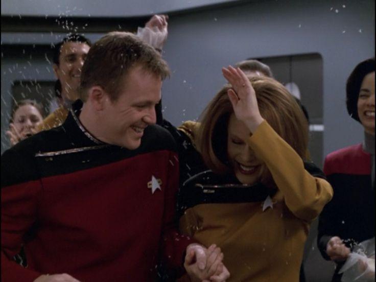 "Star Trek: Voyager 5 X 17 ""Course: Oblivion"""