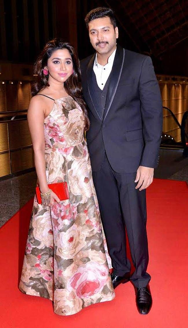 Jayam Ravi with his wife at SIIMA 2016. #Bollywood #Fashion #Style #Handsome #Formals