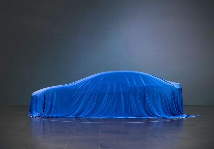 На Франкфуртском автосалоне, который состоится уже на следующей неделе #BMW представит новый, полностью электрический концепт-кар.   Предполагаемая третья модель в семействе BMW #i была у всех на устах на протяжении последних двух лет, поскольку давление на автомобильный рынок со стороны Tesla стало ощущаться все сильнее.   Поклонники марки, да и поклонники электромобилей в целом надеялись не только на более красивый дизайн, чем в #i3, но и на более практичный автомобиль.