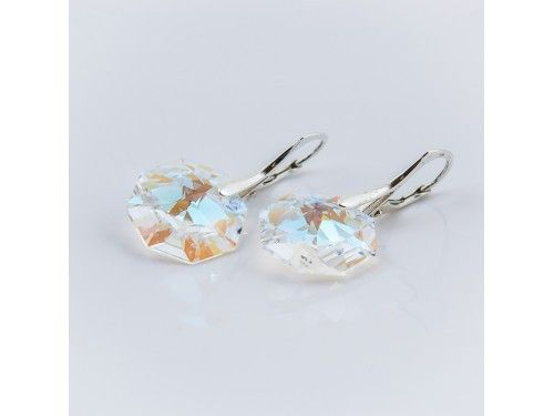 KOLCZYKI SWAROVSKI OCTAGON 14MM CRYSTAL BLUE AB SREBRO 925 - KL2161 Materiał: Srebro 925 + kryształ Swarovski Elements Kolor: Crystal Blue AB Rozmiar kamienia: 1,4cm Wysokość kolczyka: 3,0cm Waga srebra: 1,33g ( 1 para ) Waga kolczyków z kamieniami: 4,45g