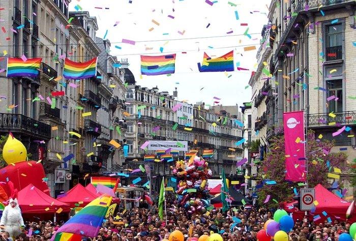HomoTown.com asistió a la Fiesta del Orgullo Gay en Bruselas