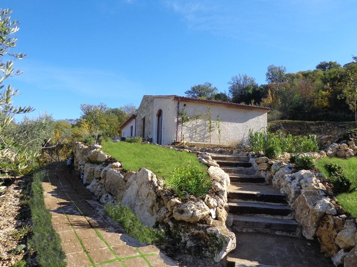 il Borghetto - the path to il Casaletto