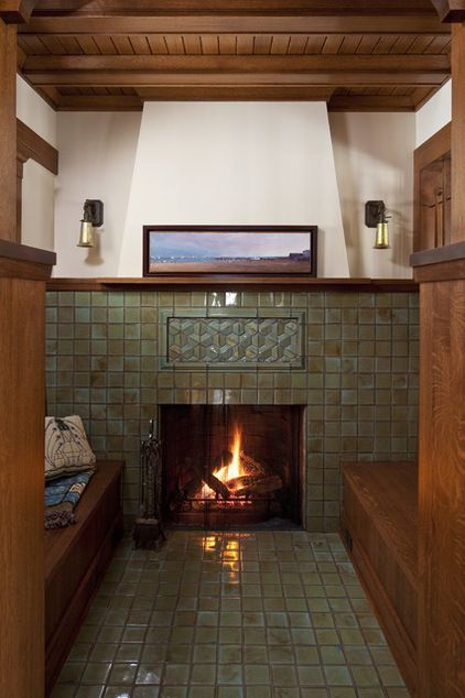 HOME DECOR – FIREPLACE – craftsman style family room by Seavey Builders, Inc.