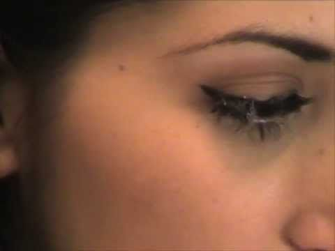 Como aplicar pestanas postizas - How to apply false eyelashes