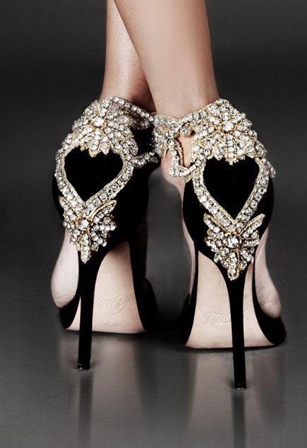 Wedding shoes idea; Via Aminah Abdul Jillil