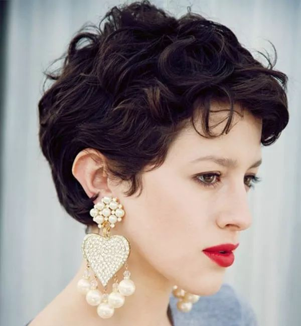 pixie haircuts for best 25 curly pixie hair ideas on curly pixie 4348