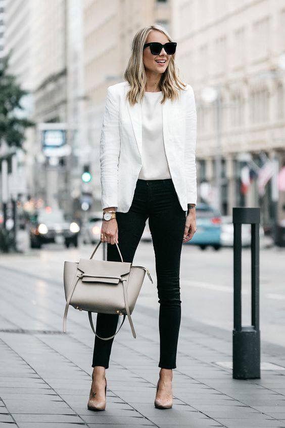 Kombinieren Sie Ihre schwarzen Hosen für das Büro