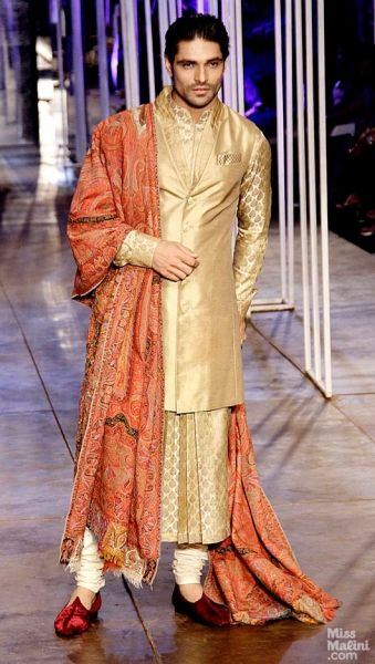 Tarun Tahiliani at India Bridal Fashion Week (IBFW) 2013