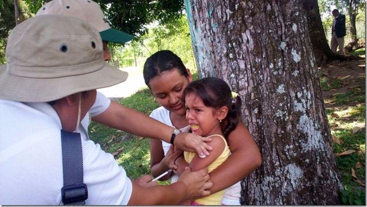 Ministerio de Salud se queda sin vacunas para gripe A (H1N1) en Chiriquí http://www.inmigrantesenpanama.com/2016/03/02/ministerio-salud-se-queda-sin-vacunas-gripe-h1n1-chiriqui/