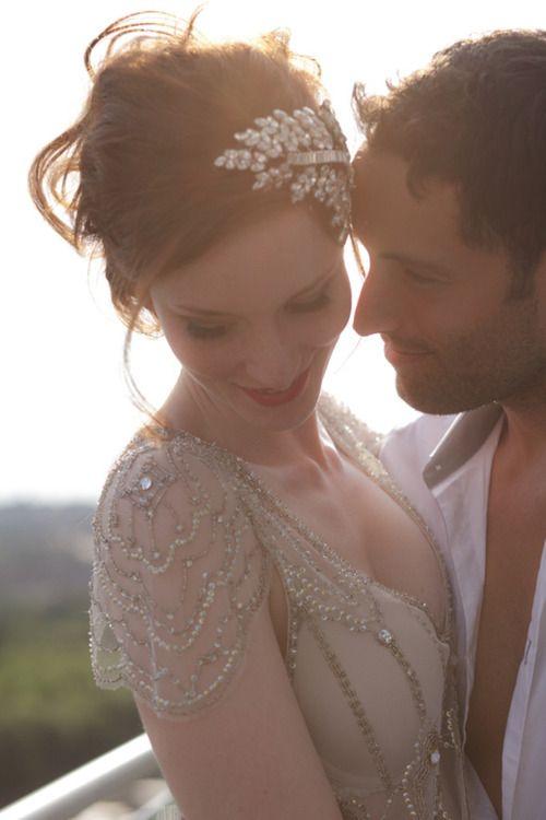 Beautiful #Gatsby style wedding dress and headress