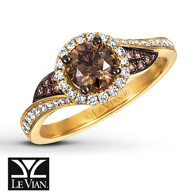 Fall in love with this sweet Chocolate Diamonds temptation featuring a Vanilla Diamonds swirl and a Honey Gold band.