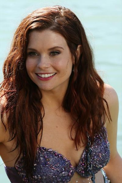Joanna Garcia Swisher as Ariel on 'Once Upon a Time' | DID YOU KNOW THAT JOANNA IS FROM TAMPA???? I'm from Tampa!!!!