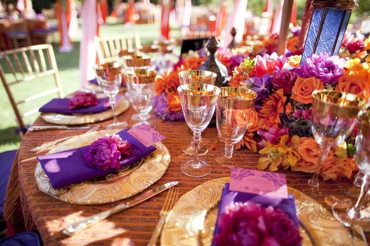 This will be my wedding. Without a doubt. I'm in love.: Table Settings, Outdoor Wedding, Beautiful Table, Wedding Ideas, David Tutera, Bold Color, Vibrant Colors
