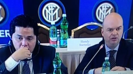 """Fassone: """"2 anni fa volevamo nuovo stadio, ora tempi lunghi, a gennaio decideremo cosa fare. Intanto spenderemo 22 milioni per ammodernare San Siro con il Milan"""" (su fcinter1908.it)"""