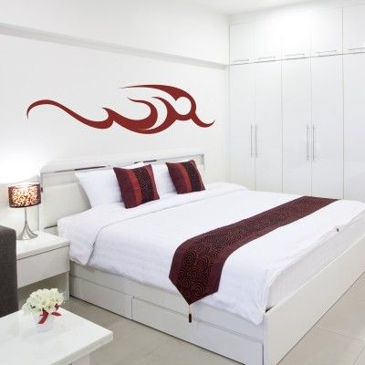 """Adesivo Murale - Tribale Fuoco.  Adesivo murale di alta qualità con pellicola opaca di facile installazione. Lo sticker si può applicare su qualsiasi superficie liscia: muro, vetro, legno e plastica.  L'adesivo murale """"Tribale Fuoco"""" è ideale per decorare la camera da letto. Adesivi Murali."""