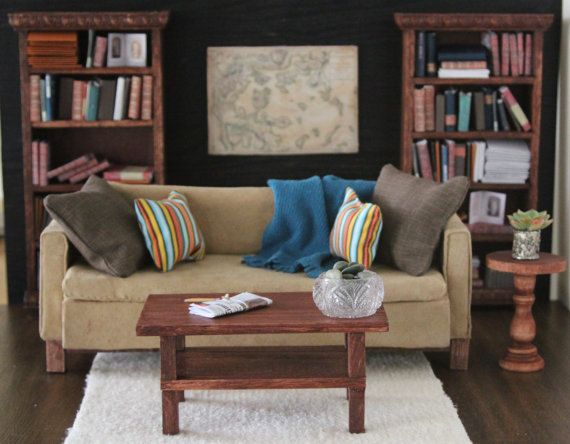 Classic Americana Living room in 1:6 scale--That coffee table.. I can make that!