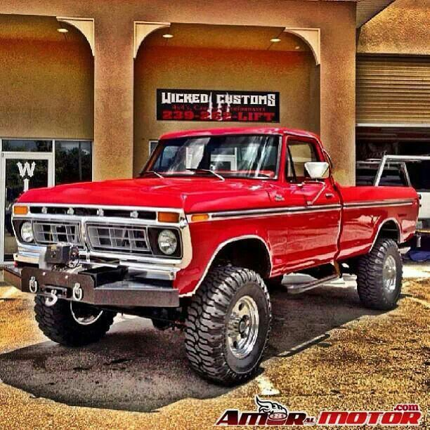 Ford f250 highboy...... need the front bumper original and it needs to be midnight blue. 4in lift with 37s and a diesel and im happy.... someday