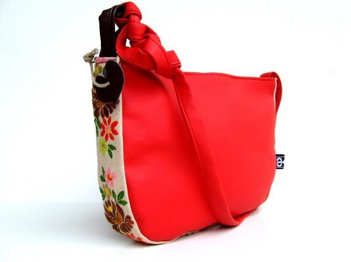 Handbag py Pistolpete