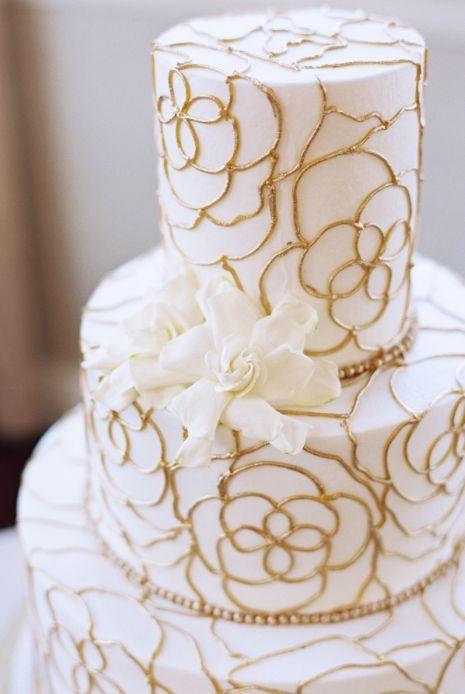 Wedding cake idea; Featured Photographer: Stephanie Brazzle Photography