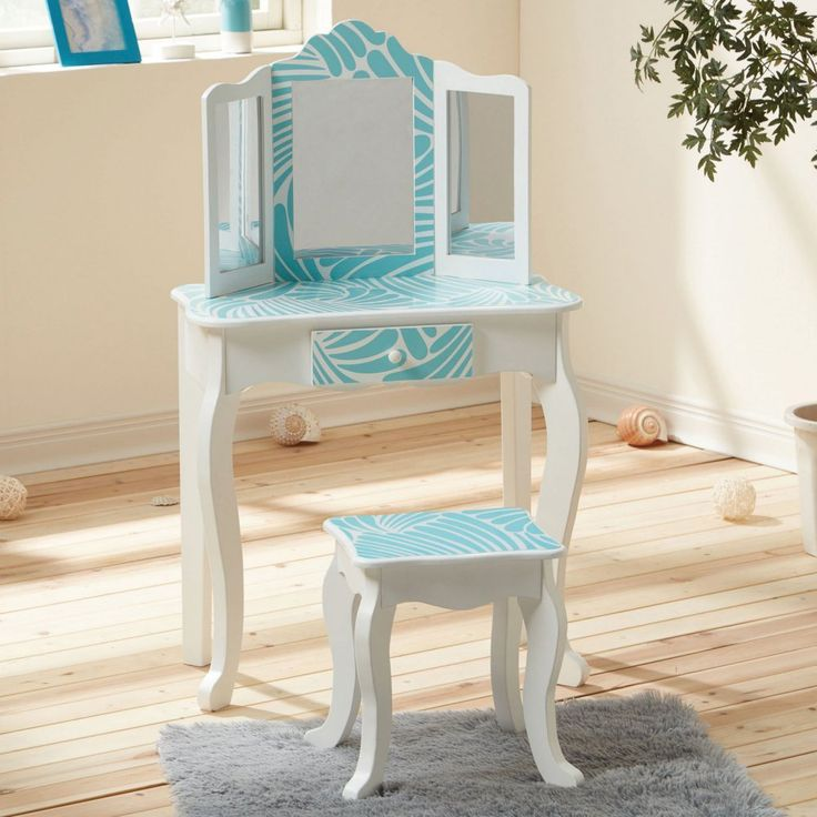 Amazon.com: Teamson Kids Fashion Prints Tropical Wooden Vanity Table & Stool Set: Toys & Games