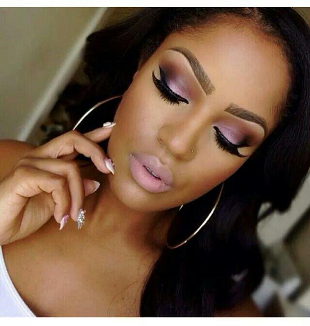 Make-up for dark skin
