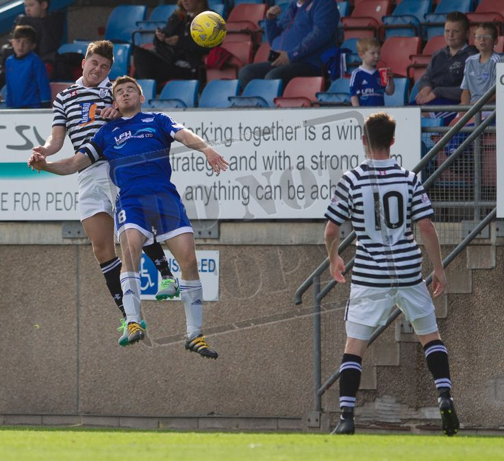 Queen's Park's Sean Burns in action during the Ladbrokes League One game between Peterhead and Queen's Park.