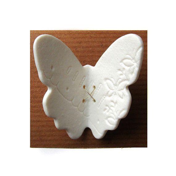 Murale en c ramique art papillon en dentelle en porcelaine for Ceramique murale blanche