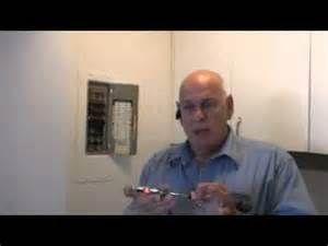Recherche Comment changer un disjoncteur. Vues 127.