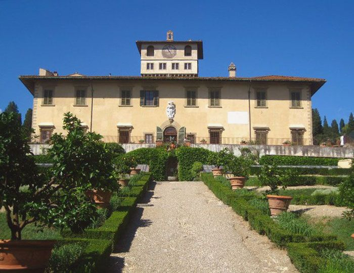 Villa La Petraia, one of the most beautiful Medici residences, still contains  the original furniture and has  an enchanting park outside.