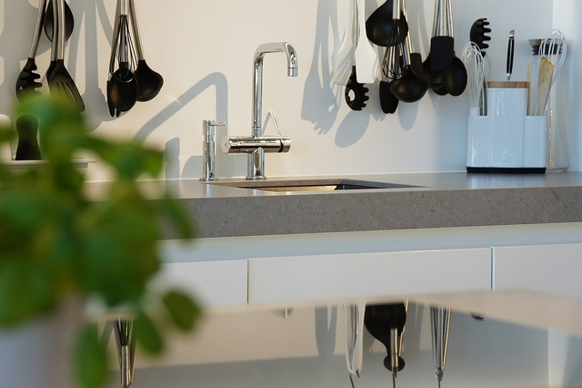 CaesarStone kitchen worktop by Erbi