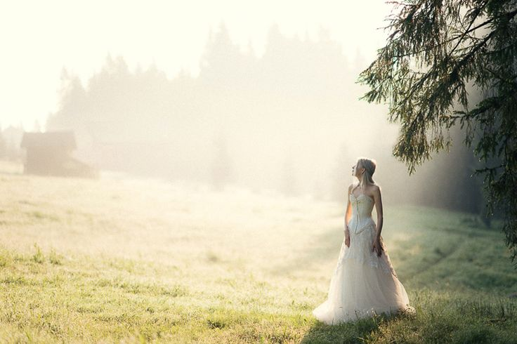 Flavia & Bogdan_style shooting_land of white deer (37)