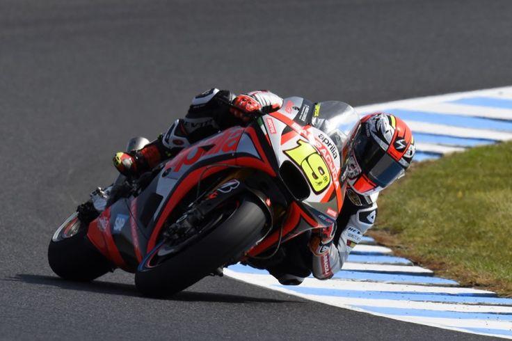 #aprilia #bearacer #AustralianGP #MotoGP #MotoGP2015 #Australia #PhilipIsland #race #bike #Australia2015 #apriliaracingteam