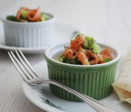 Recipe Poached egg pots with smoked salmon avocado salsa by Thermomix in Australia - Recipe of category Main dishes - fish