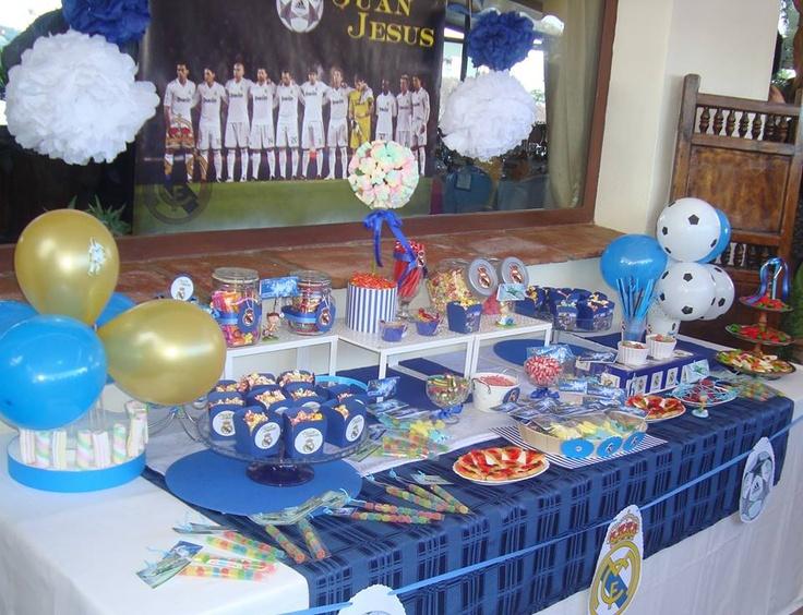 Mesa dulce real madrid cumplea os comuni n eventos for Mesas dulces cumpleanos