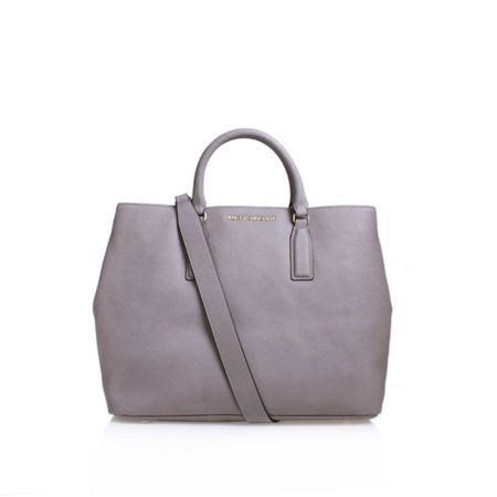 This is dummy text for sharing Product: Saffiano Chelsea Tote Bag with link: https://www.houseoffraser.co.uk/bags-and-luggage/kurt-geiger-london-saffiano-chelsea-tote-bag/d721242.pd#251936183,q=tote-bags and I_5045068421942_50_20161027.?utmsource=pinterest