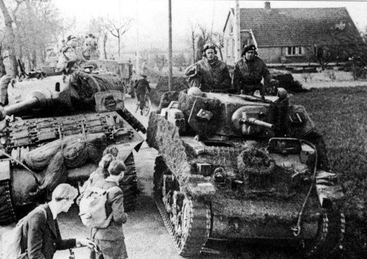 Column 1 Polish Armoured Division in the Netherlands.