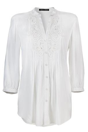 [Código: BLU0020] Blusa blanca con encaje en el cuello