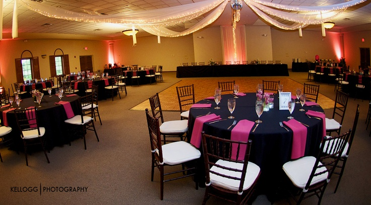 Pretty in Pink! Columbus Ohio Wedding Reception Venues | Brookshire Facility