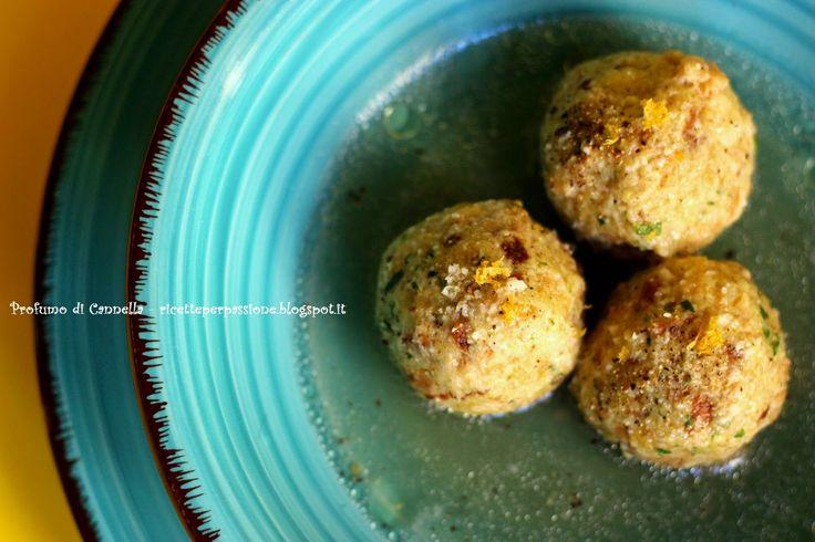 Profumo di cannella: Canederli profumati in brodo di pollo - spezie e l...
