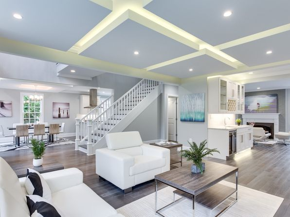 View 31 Photos Of This 6 Bed, 5.0 Bath, 4475 Sqft Single Family That
