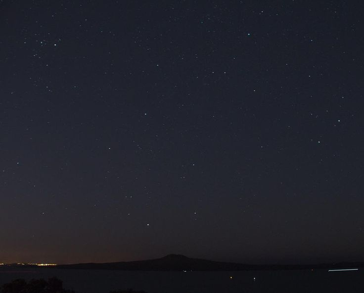 First steps into night photography! Rangitoto and the starts from a not so secret spot..