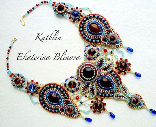 """Сокровищница Али-бабы"" - bead-embroidered neckpiece with bead-bezelled cabochons by Kate Blinova (Katblin)"