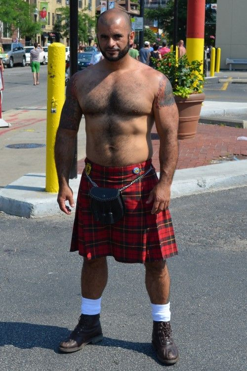 gay scottish kilt Solrød